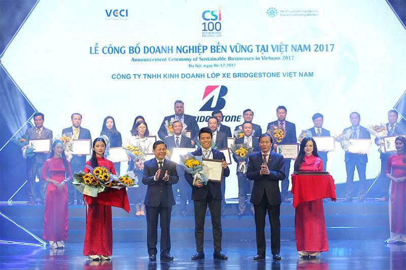 Bridgestone Việt Nam được vinh doanh Top 100 doanh nghiệp Phát triển bền vững 2017